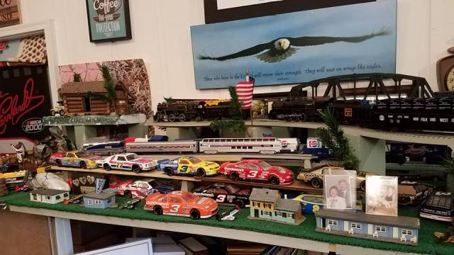 train-display-nascar